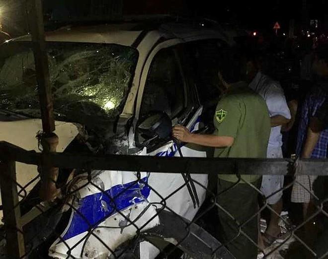 Đình chỉ công tác cán bộ lái xe CSGT gây tai nạn ở Bình Dương - Ảnh 2.
