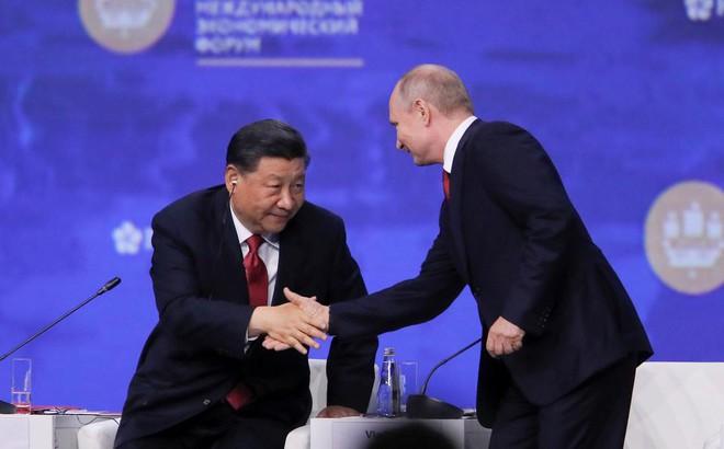 """Nga-Trung Quốc: Khi đối tác sử dụng nhau làm đối trọng chiến lược như những """"đồng minh"""""""