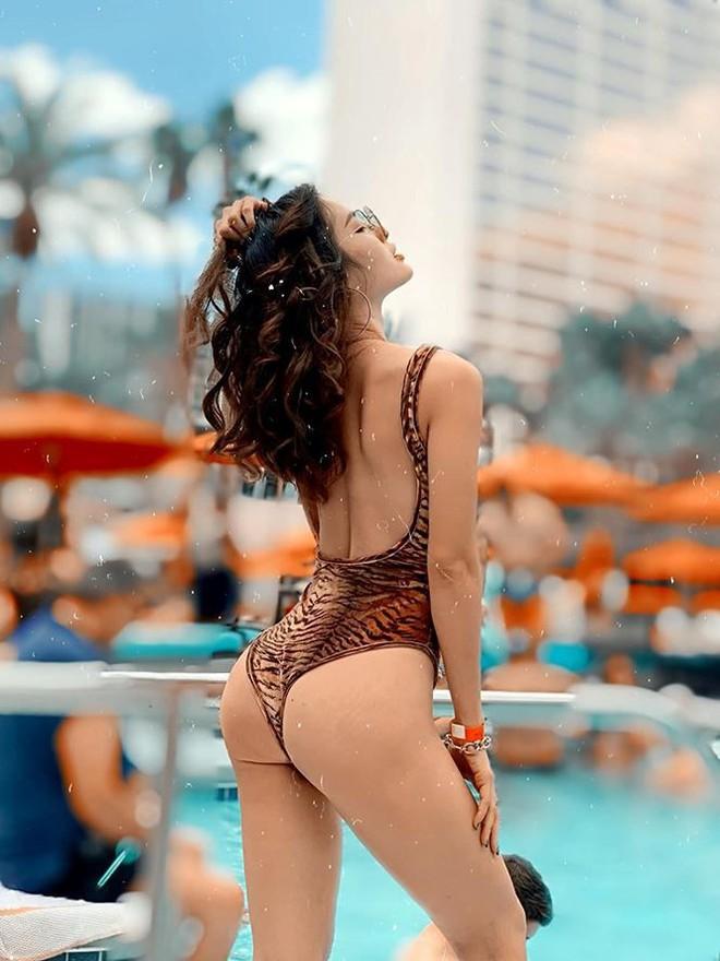 Phương Trinh Jolie tung ảnh bikini khiến cánh mày râu chao đảo - Ảnh 2.