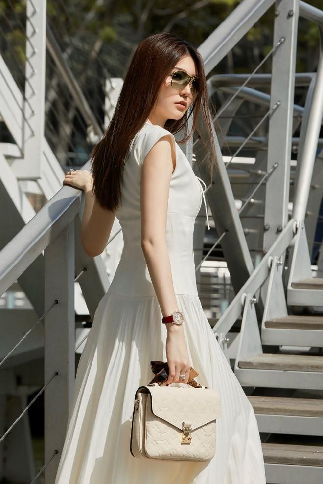 """Nữ hoàng sắc đẹp toàn cầu Ngọc Duyên: """"Nữ giới có thế mạnh riêng trên thương trường"""" - Ảnh 1."""