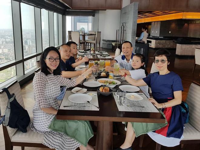 Cuộc sống của MC Lại Văn Sâm sau khi nghỉ hưu tại VTV như thế nào? - Ảnh 2.