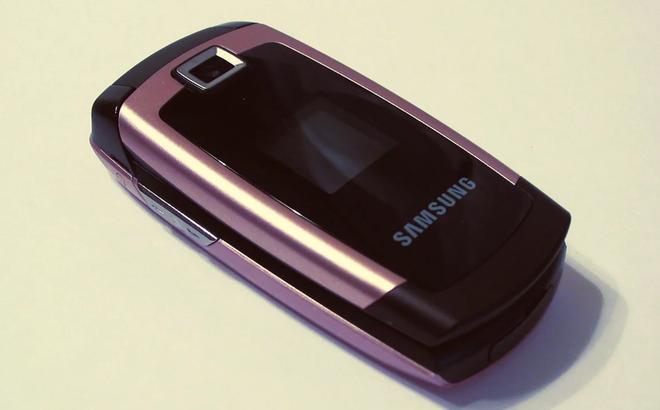 Không dùng smartphone 7 ngày nhận 1.000 USD, bạn có dám tham gia thử thách này?