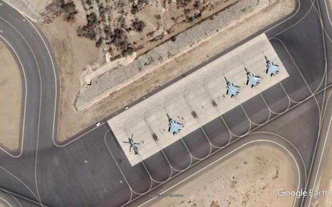 Tên lửa PK Saudi bất ngờ phản đòn sau nhiều ngày im tiếng: 2 máy bay Houthi tan xác - Ảnh 1.