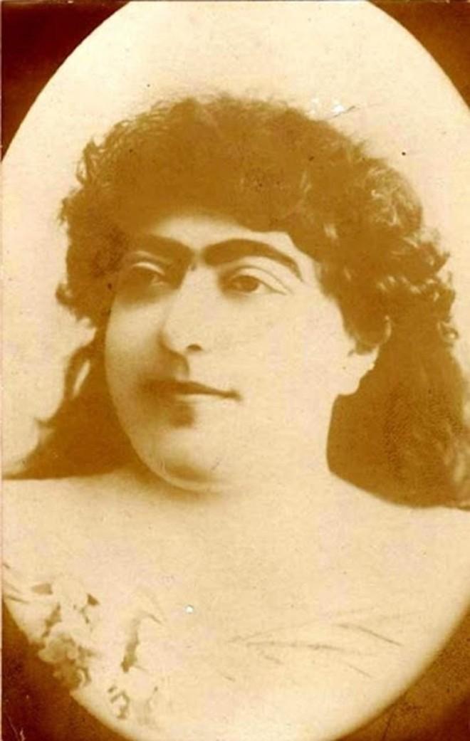 """Bất ngờ với vẻ đẹp """"khuynh đảo"""" đất nước của công chúa Ba Tư thế kỷ 19 - Ảnh 1."""