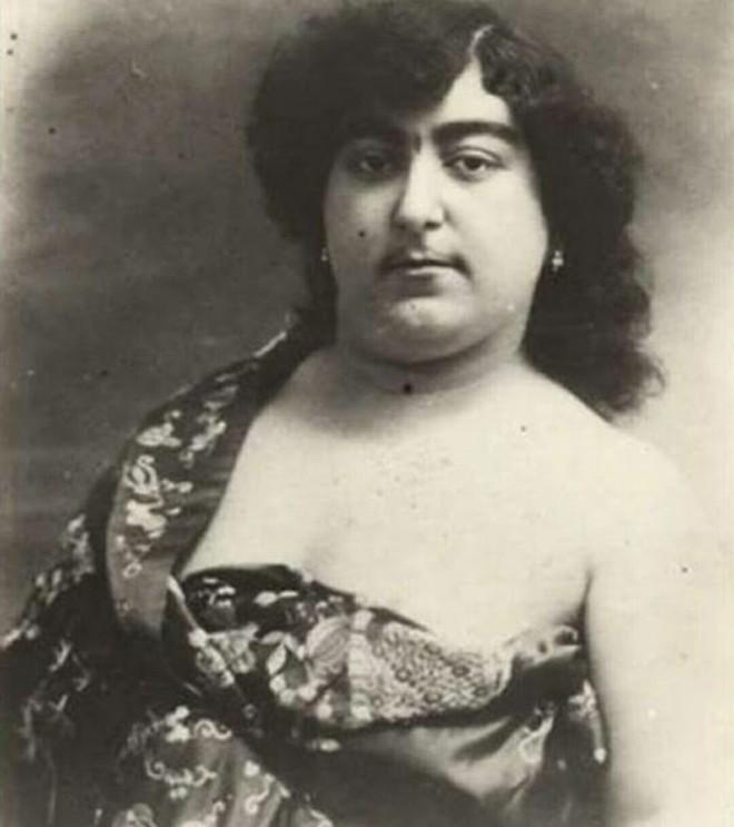 """Bất ngờ với vẻ đẹp """"khuynh đảo"""" đất nước của công chúa Ba Tư thế kỷ 19 - Ảnh 11."""