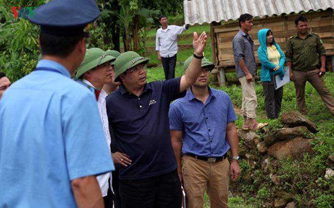 Ảnh: Sạt trượt đường tỉnh lộ, đe dọa cô lập 8 xã biên giới Lai Châu - Ảnh 11.