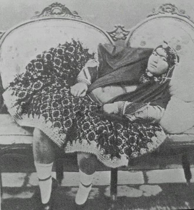 """Bất ngờ với vẻ đẹp """"khuynh đảo"""" đất nước của công chúa Ba Tư thế kỷ 19 - Ảnh 3."""