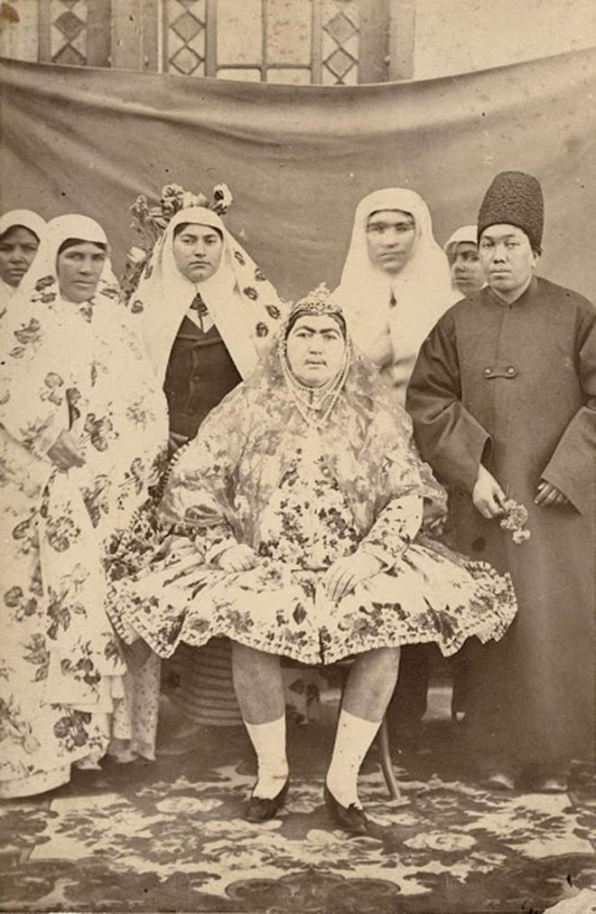 """Bất ngờ với vẻ đẹp """"khuynh đảo"""" đất nước của công chúa Ba Tư thế kỷ 19 - Ảnh 4."""