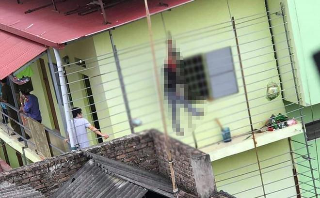 Phát hiện thanh niên chết trong tư thế treo cổ bên hiên phòng trọ ở Bắc Ninh