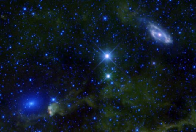 Cách xa tới hàng trăm triệu năm ánh sáng: Đây là thiên hà cô đơn nhất trong vũ trụ - Ảnh 10.