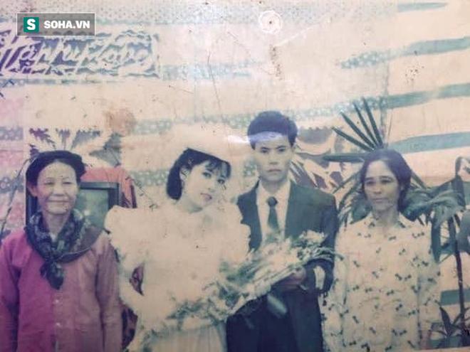 Bức ảnh cưới chụp cách đây 24 năm lộ ra, người mẹ được hâm mộ, ví như Diễm Hương - Ảnh 4.