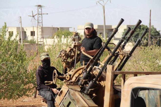 CẬP NHẬT: QĐ Syria bắn rơi máy bay phiến quân - Nga đi nước cờ cao tay, gây náo loạn Washington - Ảnh 1.
