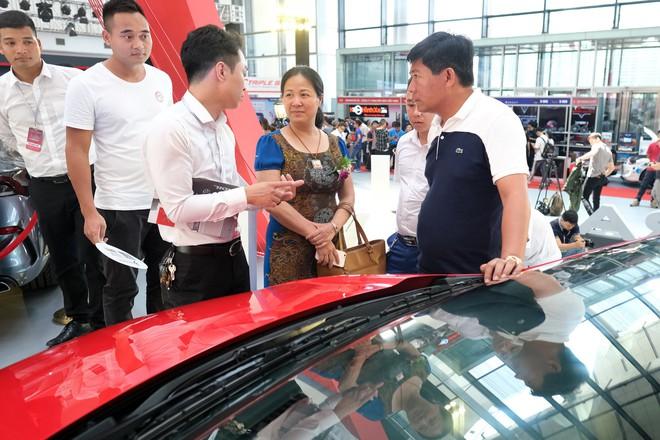 "Loạt ""bom tấn"" Vinfast, Mitsubishi, Triumph hội tụ tại Vietnam AutoExpo 2019 - Ảnh 5."