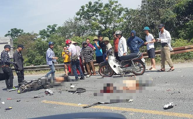 Hai người đi xe máy bị cán tử vong thương tâm sau va chạm với xe tải