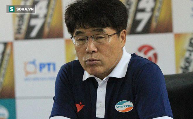 CLB Viettel chính thức chia tay HLV Hàn Quốc Lee Heung-sil