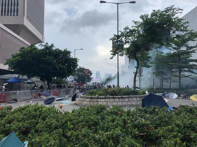 Hồng Kông hỗn loạn dưới sức ép của biển người biểu tình chống dẫn độ: Đài Loan lên tiếng - Ảnh 3.