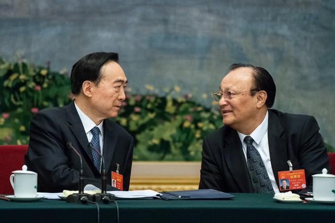 Mỹ sắp tung 2 cú đấm sấm sét, Trung Quốc sẽ càng đơn thương độc mã? - Ảnh 1.