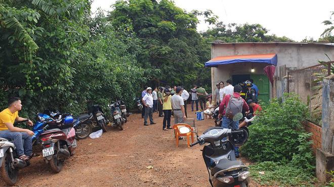 Công an TP Buôn Ma Thuột triệt phá 5 tụ điểm mua bán ma túy, bắt giữ hàng chục kẻ xăm trổ - Ảnh 1.