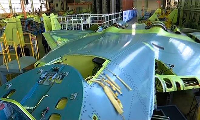 Sức mạnh tiêm kích Su-57 được biên chế cho quân đội Nga - Ảnh 1.