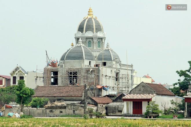 Về làng tỷ phú Nam Định chiêm ngưỡng những tòa lâu đài nguy nga tráng lệ theo phong cách Châu Âu - Ảnh 15.