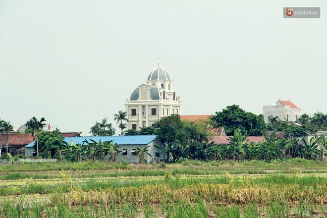 Về làng tỷ phú Nam Định chiêm ngưỡng những tòa lâu đài nguy nga tráng lệ theo phong cách Châu Âu - Ảnh 19.