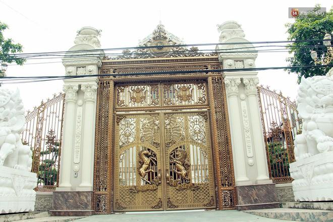 Về làng tỷ phú Nam Định chiêm ngưỡng những tòa lâu đài nguy nga tráng lệ theo phong cách Châu Âu - Ảnh 6.