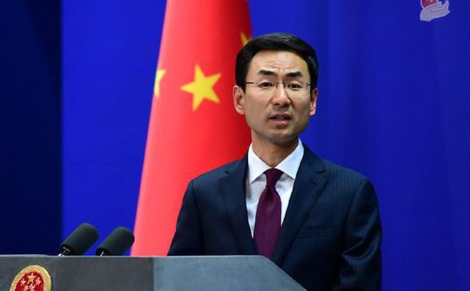 Người phát ngôn BNG TQ giận dữ chỉ trích phóng viên vì câu hỏi: Có phải quân đội TQ đang đưa quân sang Hong Kong?