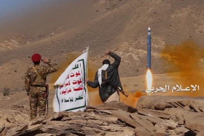 Saudi tuyên chiến với Houthi: Mắt đền mắt, răng đền răng, nhưng báo thù bằng cách nào? - Ảnh 4.