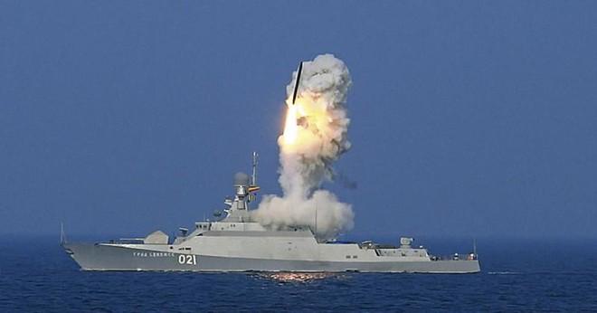 Tình báo Mỹ quan ngại trước phát hiện chấn động về trận địa tên lửa S-400 Nga tại Crimea - Ảnh 3.
