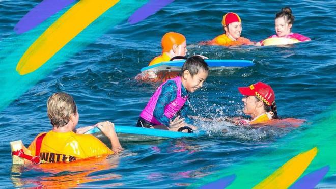 Đây là lý do vì sao trẻ đi bơi thường mắc viêm tai giữa: Cha mẹ cẩn trọng để chặn đứng nguy cơ mắc bệnh cho con - Ảnh 2.