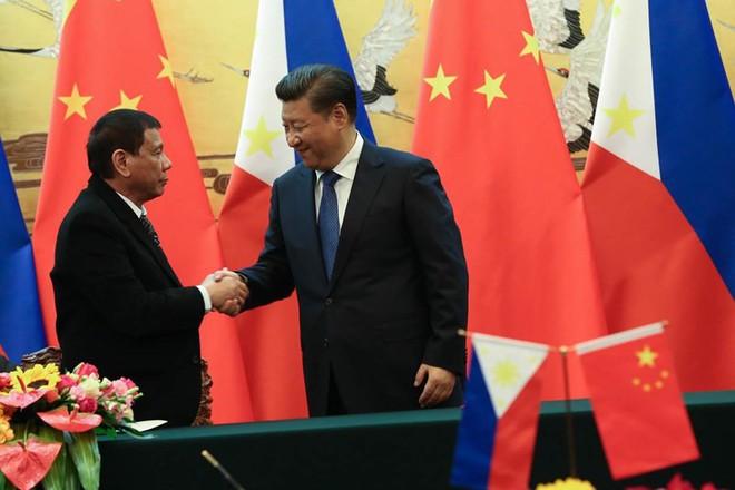 Biển Đông: Giọt nước tràn ly, Philippines đổi chiến lược? - Ảnh 2.