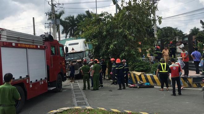Tai nạn kinh hoàng ở Tây Ninh: Tài xế và 4 người trong một gia đình tử vong - Ảnh 8.
