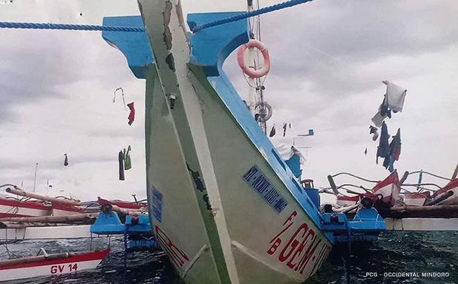 Philippines dọa cắt quan hệ, Đại sứ TQ gửi vội tin nhắn trần tình vụ đâm tàu bỏ chạy