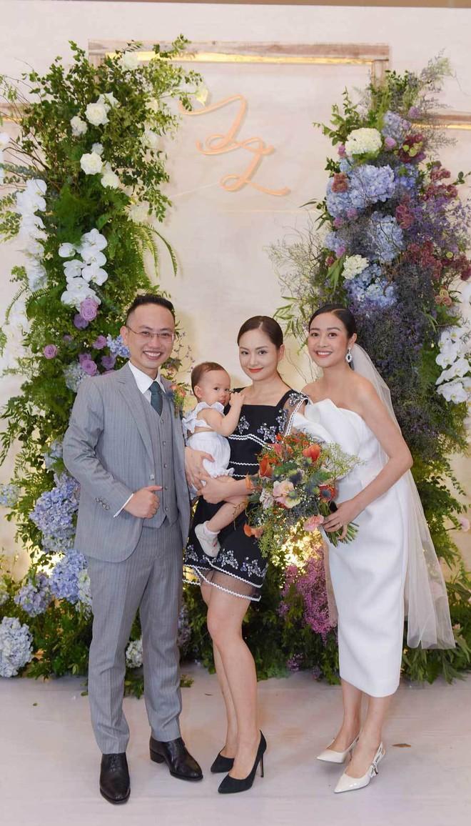 Biên tập viên VTV tiết lộ chuyện tình với MC Phí Linh trong lễ cưới - Ảnh 5.