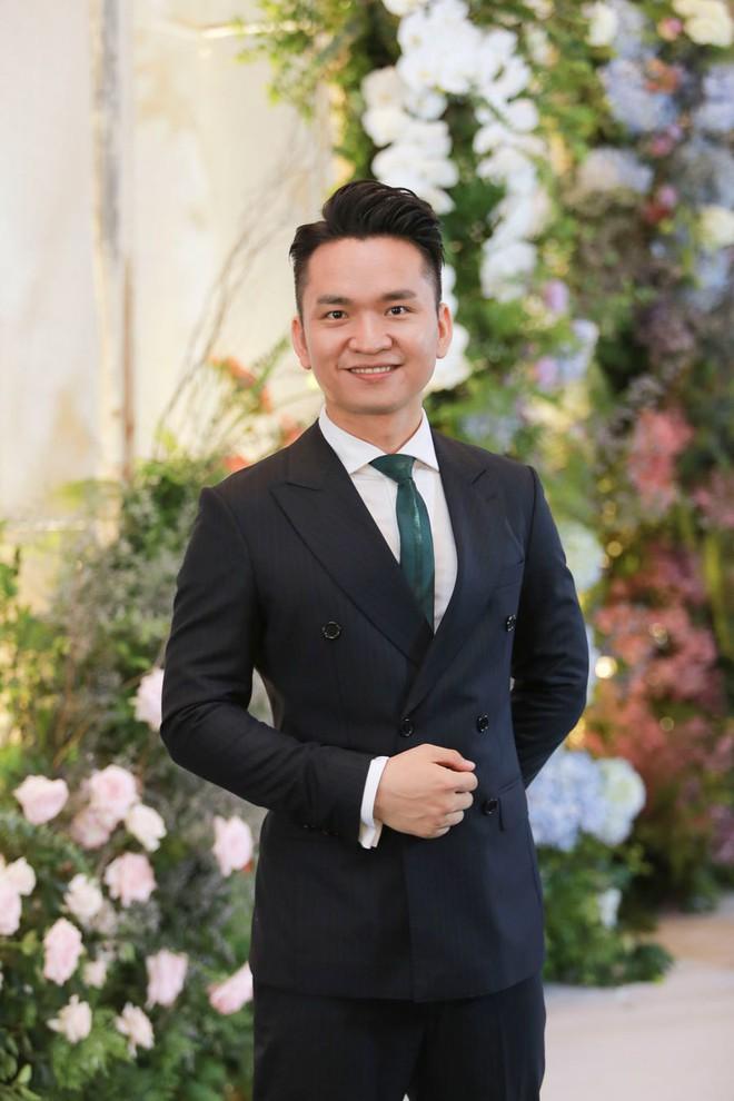 Biên tập viên VTV tiết lộ chuyện tình với MC Phí Linh trong lễ cưới - Ảnh 7.