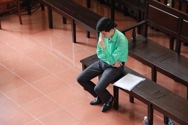 Vụ án chạy thận Hoà Bình: Nói lời sau cùng, Hoàng Công Lương vẫn tha thiết mong được giảm án - Ảnh 1.