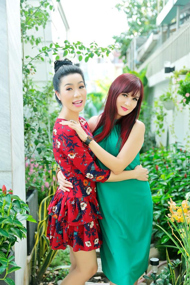 Lý do Trịnh Kim Chi, Hiền Mai thăm nhà vườn triệu đô của Quyền Linh - Ảnh 5.
