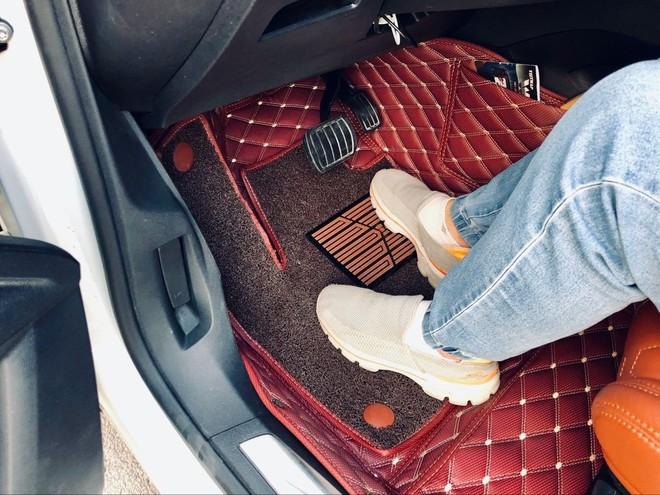 Những thói quen sử dụng ô tô có thể gây nguy hiểm cho tài xế - Ảnh 1.