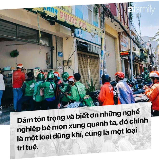 Lời miệt thị CEO Nhật ném vào tài xế công nghệ Việt và những bộ đồng phục định giá con người - Ảnh 10.