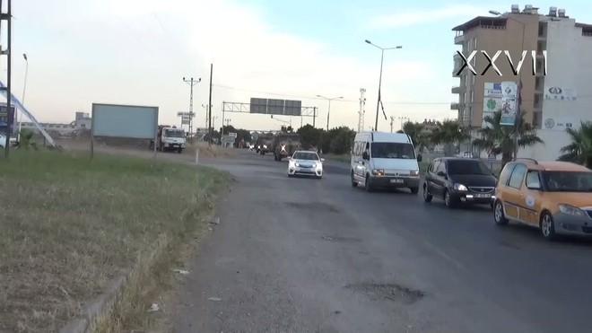 Trả đũa cuộc tấn công của quân Assad, Thổ Nhĩ Kỳ pháo kích dữ dội vào các vị trí của quân đội Syria - Ảnh 9.