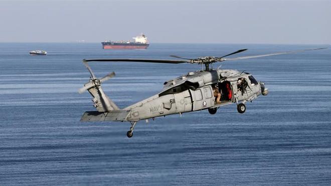 Hormuz, eo biển nắm giữ huyết mạch dòng chảy dầu mỏ thế giới - Ảnh 2.