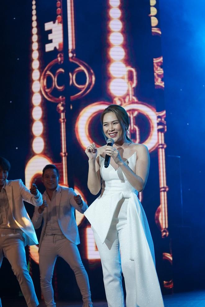 Khán giả thích thú khi Mỹ Tâm ngẫu hứng hát tiếng Hàn - Ảnh 4.