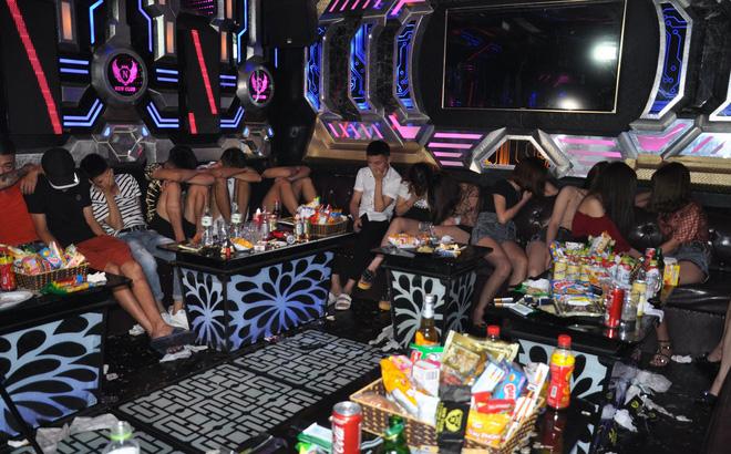 135 đối tượng mua bán, tàng trữ, sử dụng ma túy trong 2 quán Karaoke ở Hải Dương