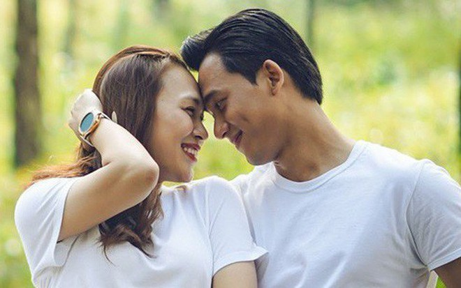 Fan bất ngờ liên tục réo tên Hương Tràm sau khi Mỹ Tâm và Mai Tài Phến lộ loạt ảnh tình tứ trên máy bay - Ảnh 1.