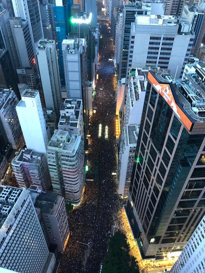2 triệu người Hong Kong đã thắng, nhưng cơn ác mộng sẽ thực sự bắt đầu khi Bắc Kinh phật lòng? - Ảnh 1.