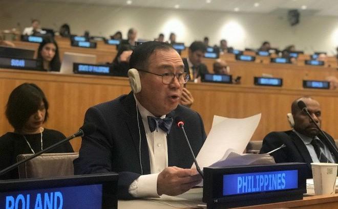 """""""Đốp"""" thẳng TT Duterte, ngoại trưởng Philippines hừng hực lôi vụ đâm tàu ra LHQ: Trọng tội!"""