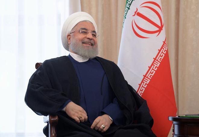 Nụ cười Tổng thống Rouhani và nước cờ cao tay tại SCO: Iran đột phá ngoạn mục vòng vây Mỹ? - Ảnh 3.
