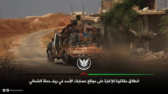 Phiến quân vừa đồng loạt tấn công tổng lực - Ngày căng thẳng của QĐ Syria - Ảnh 7.