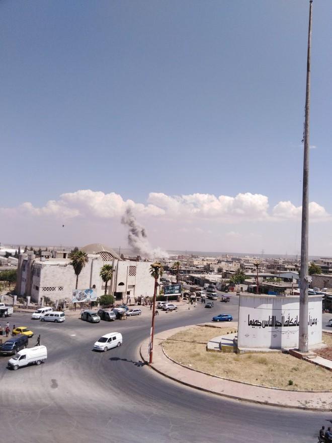 Phiến quân vừa đồng loạt tấn công tổng lực - Ngày căng thẳng của QĐ Syria - Ảnh 5.