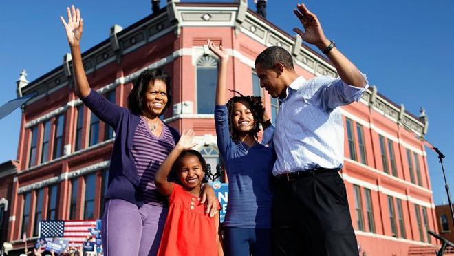 Con gái út của ông Barack Obama: Hành trình lột xác đáng kinh ngạc từ vịt hóa thiên nga và những bí mật giờ mới được hé lộ - Ảnh 1.